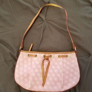 Womens Donney & Bourke pink small logo bag